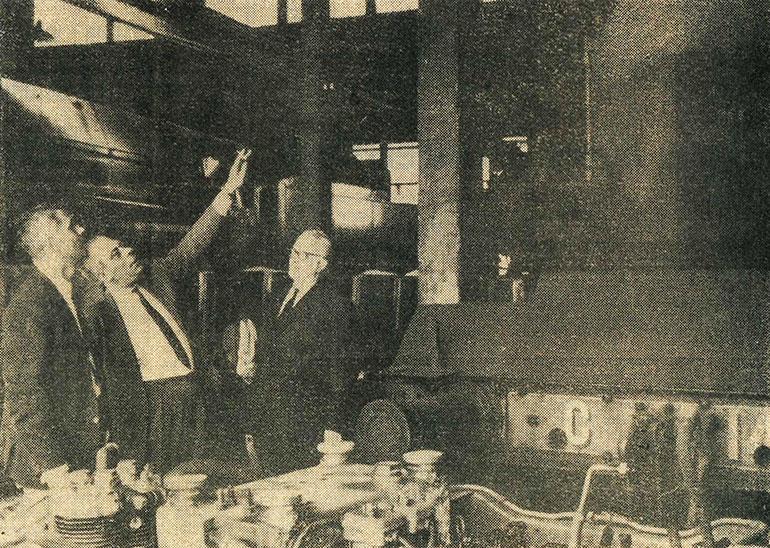 Photograph from the article Elles iront au musée mais où et quand ? showing Jean-Mathis Horrenberger, Michel Doerr and Daniel Caire, l'Alsace, 28 May 1966, Cité du Train collection