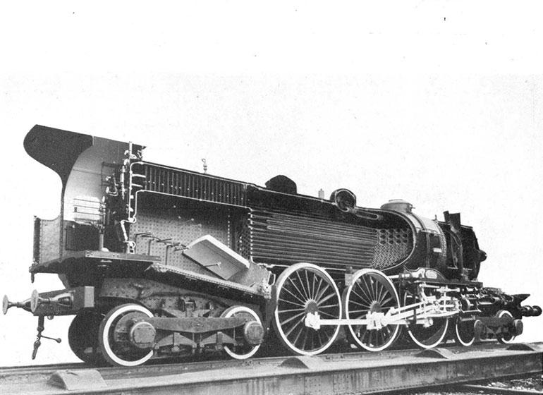 La locomotive 232 Baltic 3.1102 Nord issue de la revue RCF exposition 1937, 1937, p.67, Collection Cité du Train