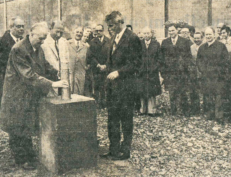 Photograph from the article Laying of the first stone: An appointment in two years' time for the inauguration of the Railways Museum in Mulhouse, in DNA, 1 July 1974, Cité du Train collection