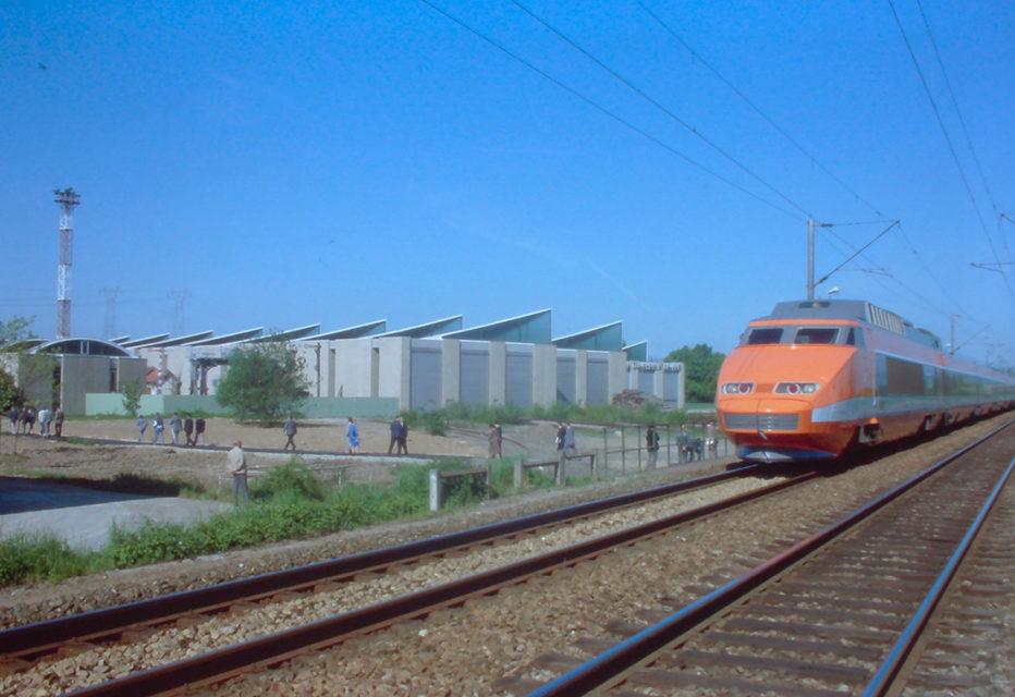 Anonyme, Le TGV dessert le musée, photographie, s.d., Collection Cité du Train