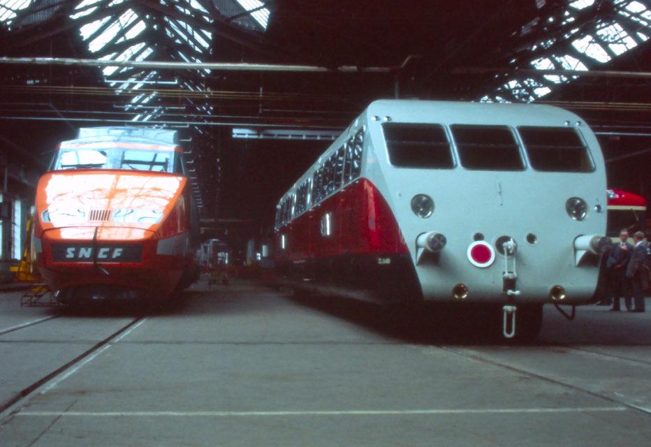 Anonyme, le TGV et l'autorail Bugatti à Bischheim, photographie, 1981, Collection Cité du Train
