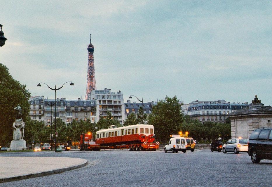 Anonyme, Arrivée de l'autorail X4039 à Paris (appartenant à l'association touristique ABFC de Dijon) à l'occasion de l'événement Train Capitale, 12 mai 2003, Collection Cité du Train