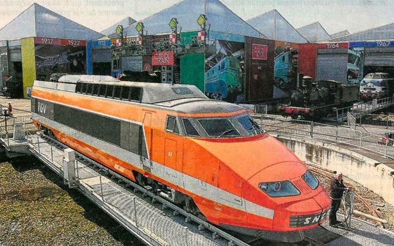 Darek Szuster, Photograph from the article The TGV traction unit comes out of storage in L'Alsace, 17 April 2015, Cité du Train collection